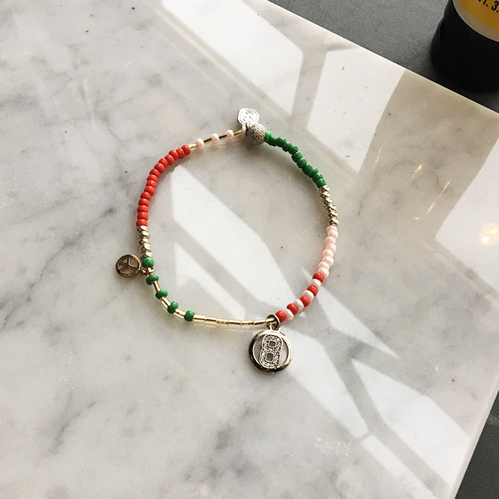 JOY-charm-bead-bangle_GRRD_720